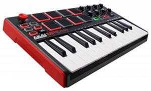 AKAI Professional MPK Mini MK2 - Clavier Maître MIDI/USB 25 Touches Sensibles à la Vélocité avec 8 Pads et Joystick 4 Voies + VIP 3 et Pack de Logiciels Inclus - Noir de la marque AKAI Pro image 0 produit