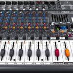 Behringer XENYX X1222USB Table de mixage 16 canaux Bus 2/2 avec Interface audio USB de la marque Behringer image 1 produit