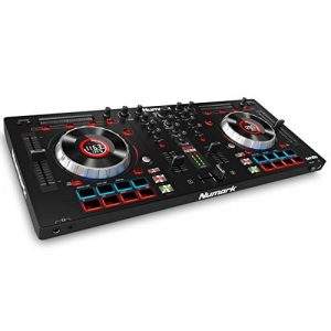 "Numark Mixtrack Platinum - Contrôleur DJ 4 voies, LCD, Jog Wheels Tactiles en Métal 5"", Barre Tactile Multifunction, Interface Audio 24-bit, Plus Serato DJ Intro et Remix ToolKit de Prime Loops Inclus de la marque Numark image 0 produit"